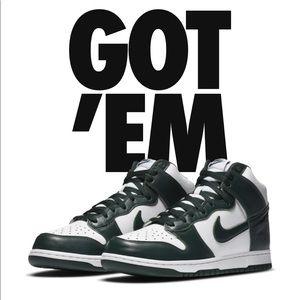 Nike Dunk High Spartan Green!!